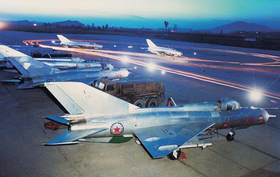 北朝鮮空軍のミグ21戦闘機